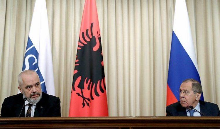 Lavrov albaniyalı həmkarı ilə ATƏT məkanındakı münaqişələri müzakirə edib