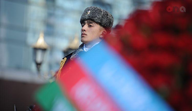 Память жертв Ходжалинского геноцида была почтена минутой молчания