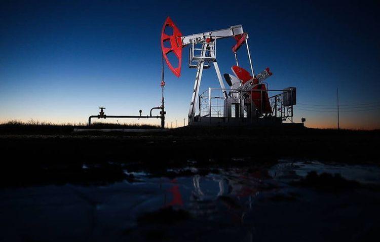 Цена нефти марки Brent опустилась ниже $52 за баррель