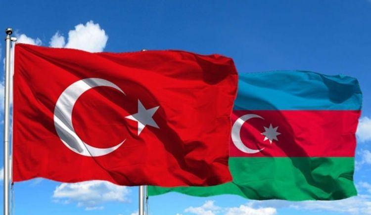 Срок безвизового пребывания граждан Турции и Азербайджана будет продлен