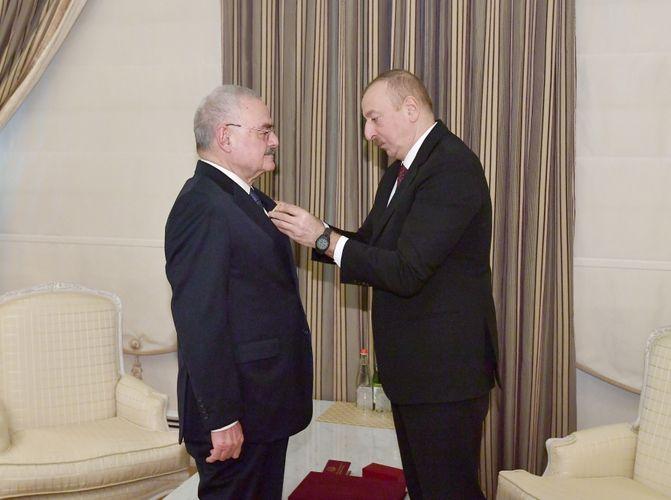Президент Ильхам Алиев представил Артуру Расизаде орден «За службу Отечеству» 1-й степени - ОБНОВЛЕНО - ФОТО