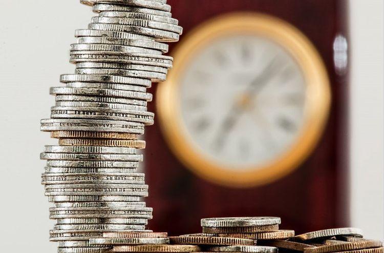 Объем банковских вкладов населения в Азербайджане в январе уменьшился