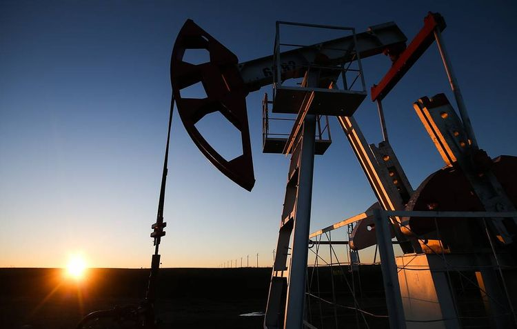 Цена нефти Brent опустилась ниже $49