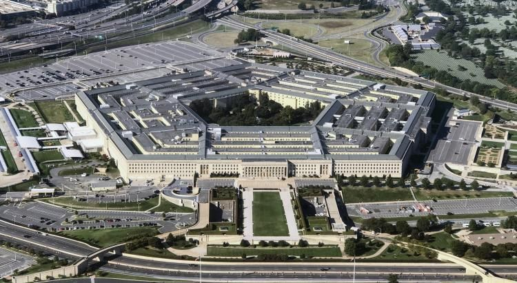Pentagon to deploy thousands of additional troops to Middle East