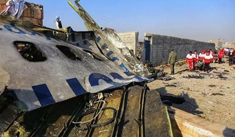 Момент крушения украинского Boeing в Тегеране попал на видео