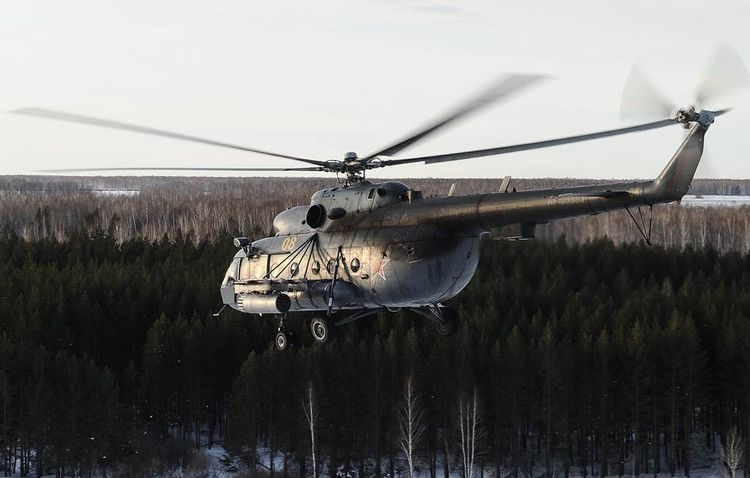 Military Mi-8 helicopter makes emergency landing in Eastern Russia