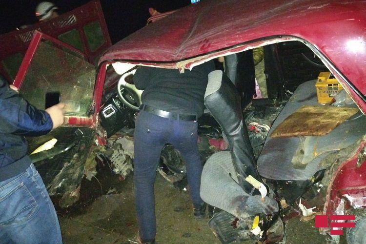 На автомагистрали Баку-Губа произошло ДТП, пострадали 5 человек  - ФОТО