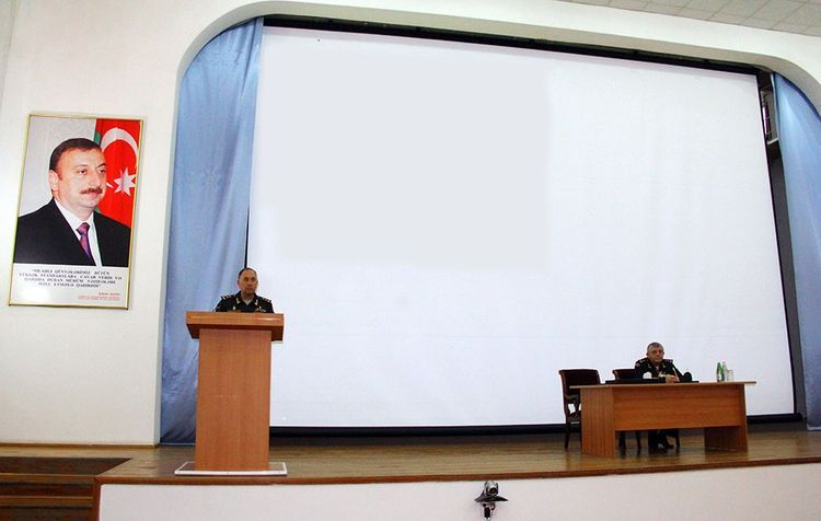 Deputy Minister of Defense holds meeting
