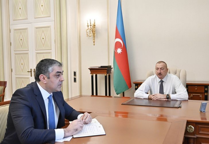Президент Ильхам Алиев принял министра транспорта, связи и высоких технологий