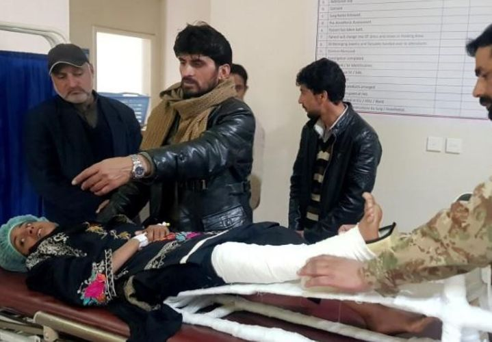 Girl buried under Pakistan avalanche for 18 hours is found alive