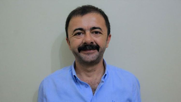 One of detained Anadolu Agency staffers in Egypt released