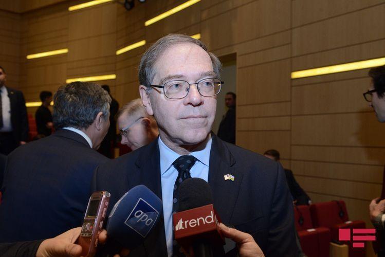 Посол Литценбергер: США внимательно следят за внеочередными парламентскими выборами в Азербайджане