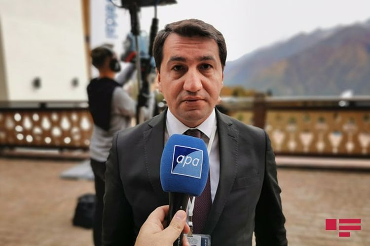 Помощник президента Азербайджана назвал бредом высказывания Пашиняна о шехидах 20 Января