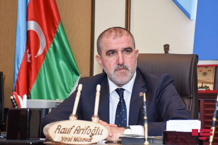 ® Rauf Arifoğlu seçki platformasını açıqladı - VİDEO