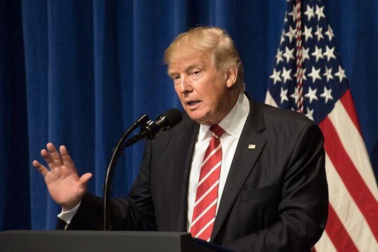 Трамп призвал верховного лидера Ирана быть осторожнее в словах