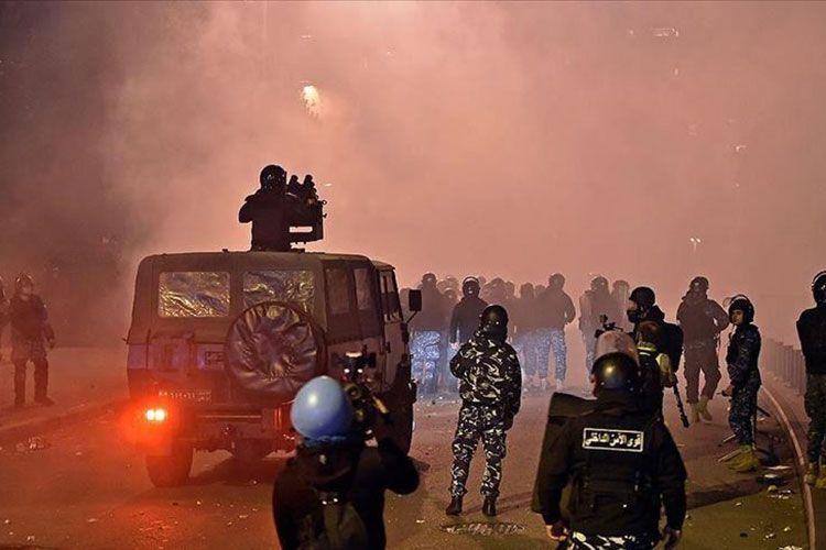 Beyrutda aksiyada polislə toqquşma olub, 220 nəfər xəsarət alıb