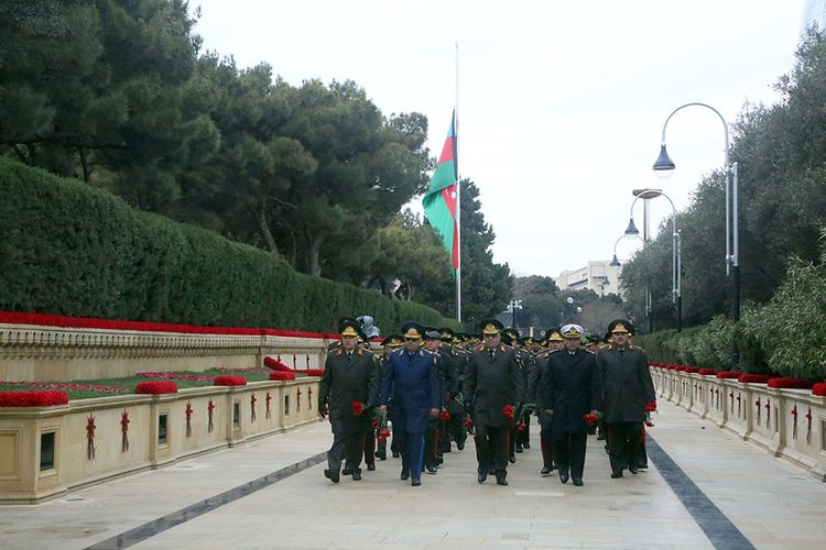 Military personnel of Ministry of Defense of Azerbaijan visited the Alley of Martyrs