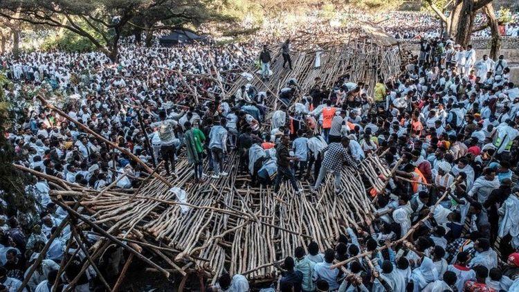 3 killed, 100-plus hurt in collapse during Ethiopia ceremony