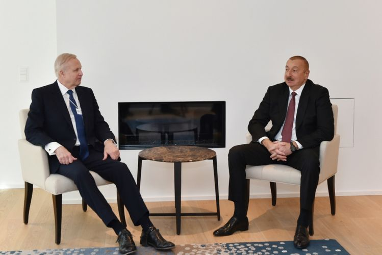 Discussions held over new project on development of Azeri-Chirag-Guneshli block in Davos