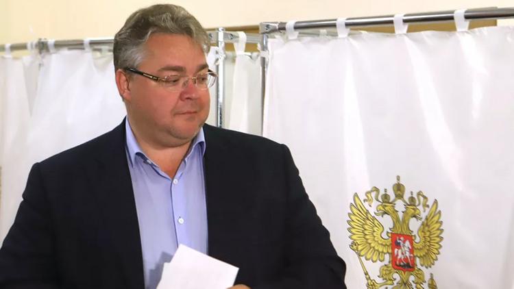 Губернатор Ставропольского края РФ попал в аварию