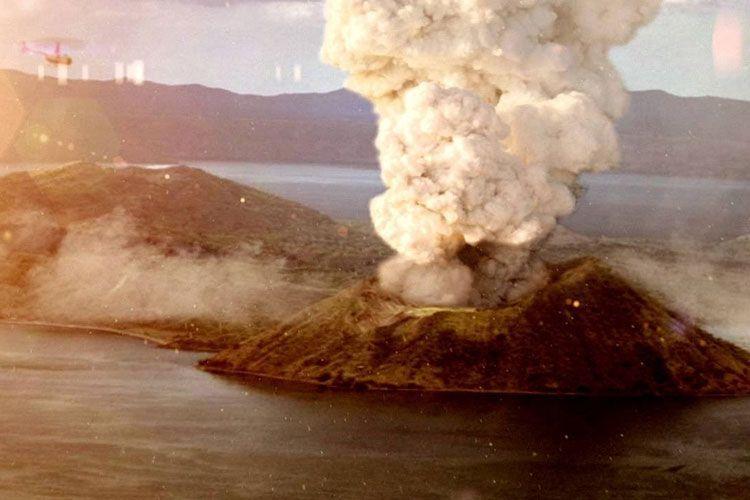 Число жертв извержения вулкана в Новой Зеландии увеличилось до 20