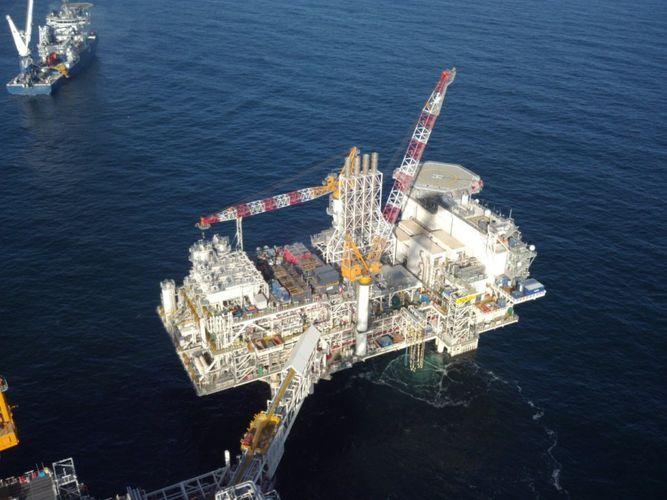 С месторождений АЧГ и «Шахдениз» экспортировано около 527 млн. тонн нефти