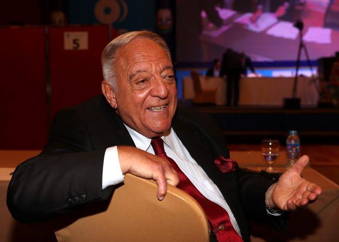 Президент Международной федерации тяжелой атлетики отстранен от должности
