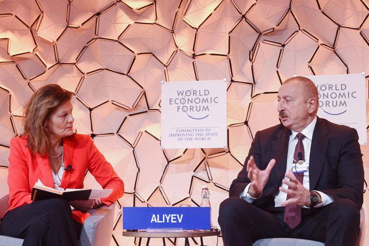 """Prezident İlham Əliyevin """"Davos açıqlamaları"""" dünyanın diqqət mərkəzində  - TƏHLİL"""