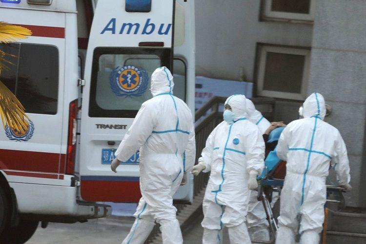 Число заболевших пневмонией в Китае возросло до 644, погибли 18 человек