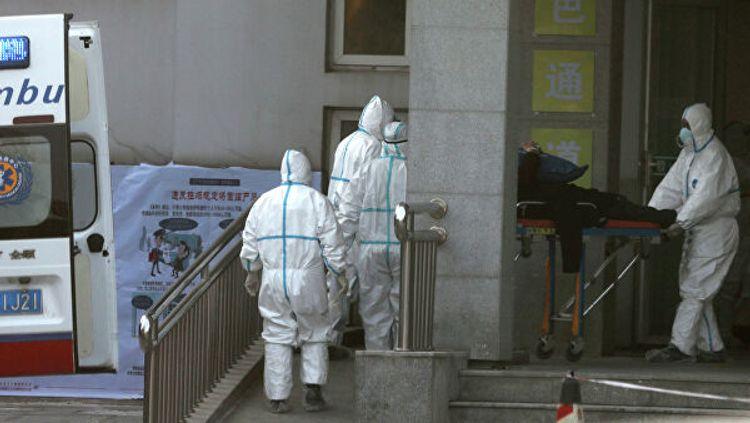 В Китае из-за коронавируса закрыли десять городов