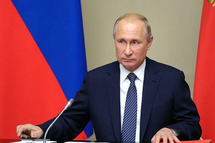 Vladimir Putin özünə iki yeni köməkçi təyin edib