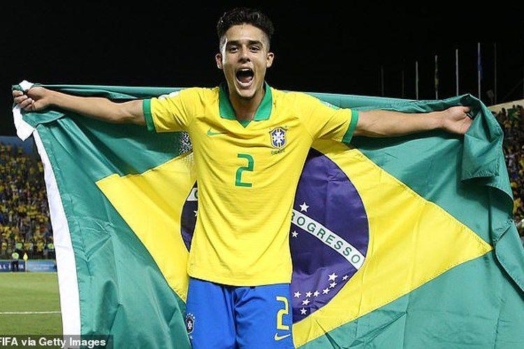 Barcelona sign Brazilian right-back Yan Couto