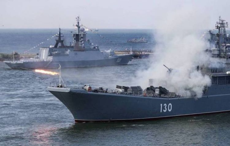 Russian Navy minesweepers hold drills in Black Sea