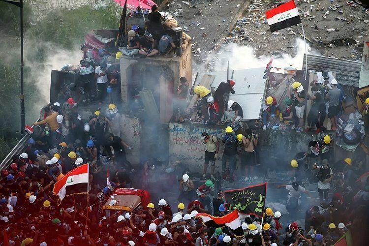 Четыре человека погибли и свыше 40 пострадали при протестах в Ираке