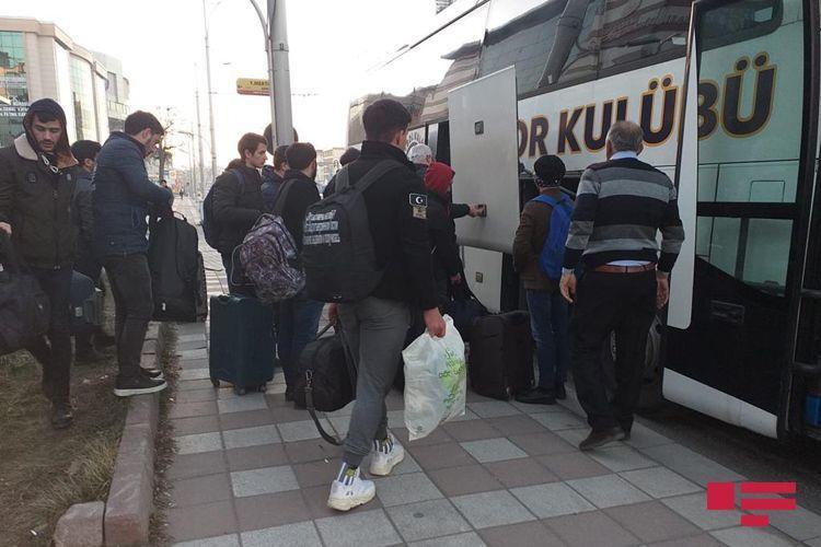86 азербайджанских студентов эвакуированы в Нахчыван из зоны землетрясения в Турции – ФОТО  - ОБНОВЛЕНО