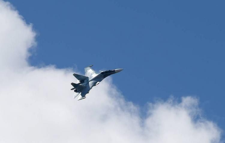 Canadian, US military to conduct observation flight over Russia