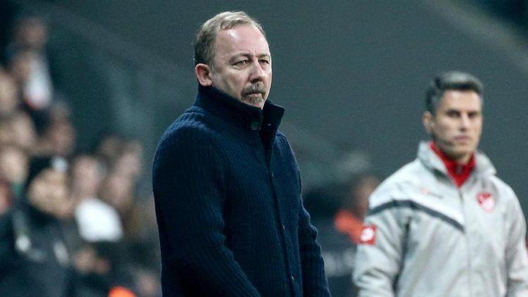 Стало известно имя нового главного тренера «Бешикташа»