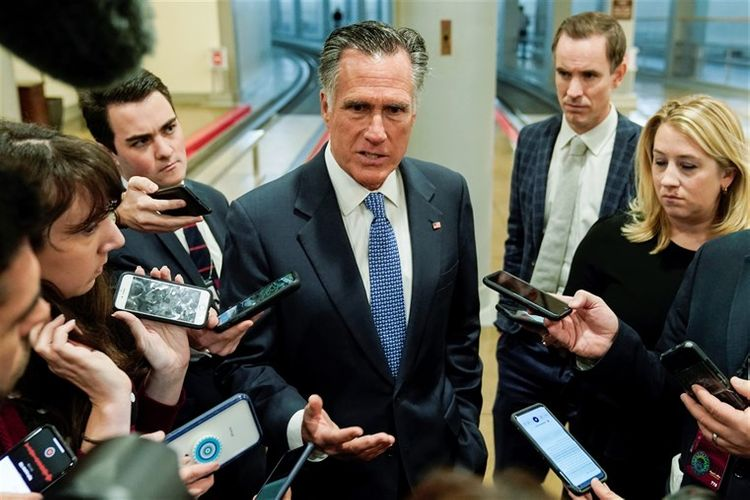 Mitt Romney: At least 4 GOP senators likely to favour Bolton testifying in impeachment trial