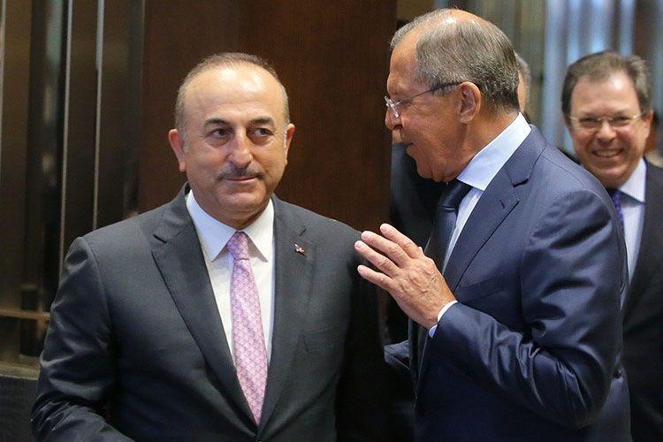 Лавров и Чавушоглу обсудили процесс мирного урегулирования в Сирии