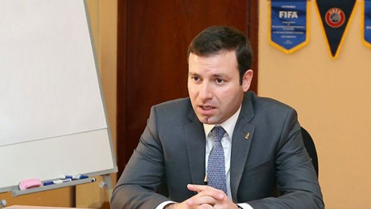На пост главного тренера сборной Азербайджана претендуют 32 специалиста