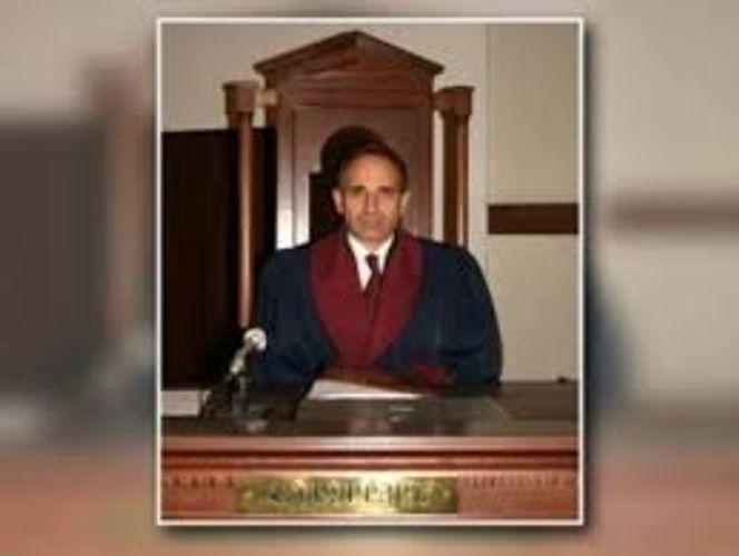 Судья Конституционного суда Армении заявил о похищении сына