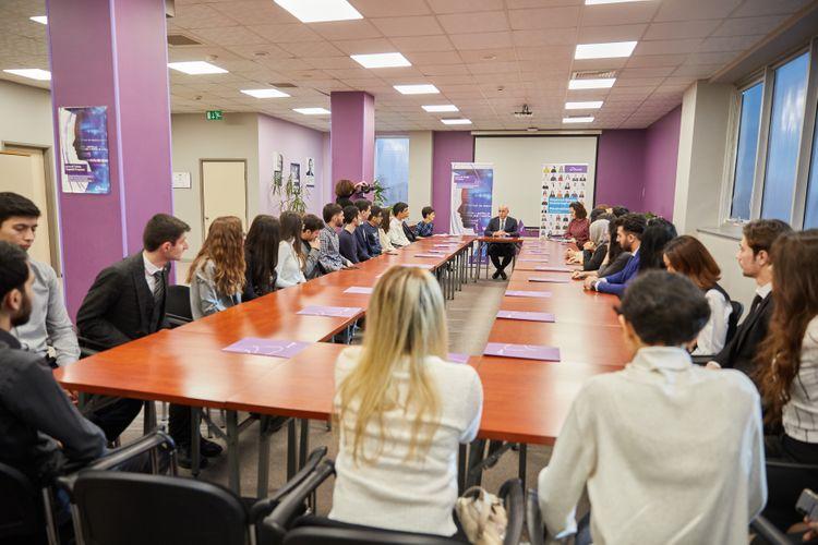 Azercell объявила результаты программы Студенческой Стипендии 2020 года - ФОТО