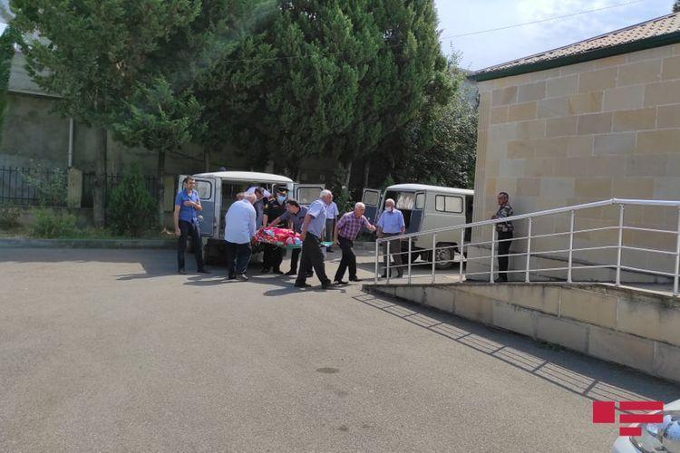 В Лерике автомобиль упал в овраг, 3 человека погибли - ОБНОВЛЕНО-1