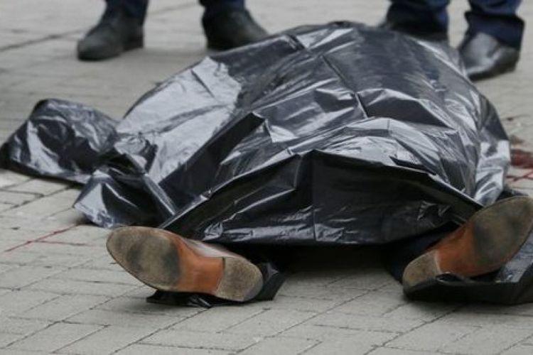 Hacıqabulda avtomobil aşıb, ata ölüb, oğul yaralanıb