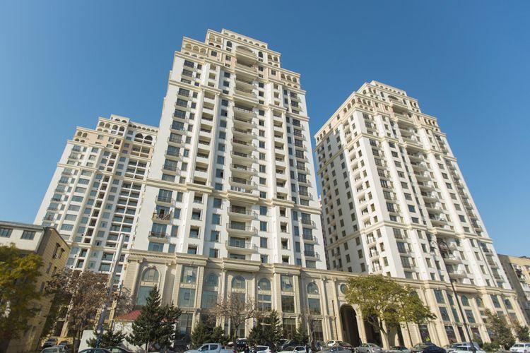 Руководство «Мирвари Парк» прокомментировало видео, на котором житель комплекса угрожал спрыгнуть с 17-го этажа