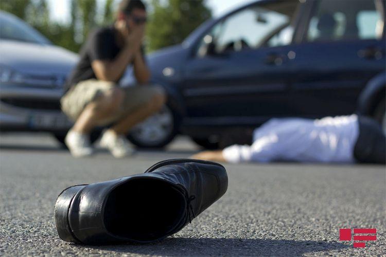 Hövsanda avtomobil piyadanı vuraraq öldürüb