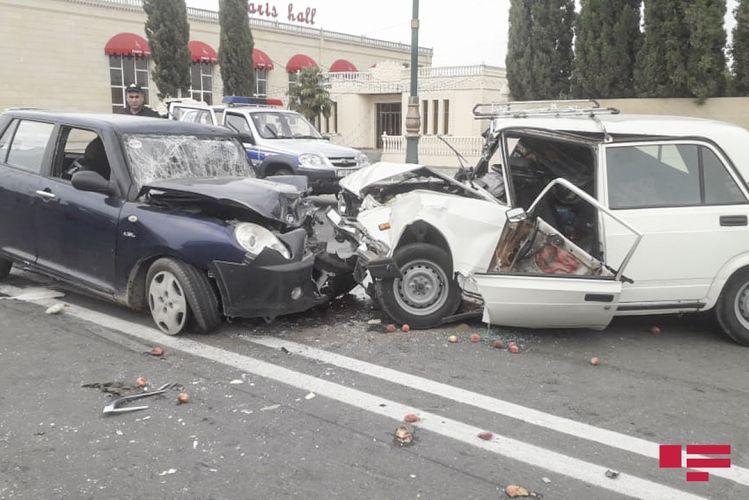 Samuxda baş verən qəzada 4 nəfər xəsarət alıb  - FOTO