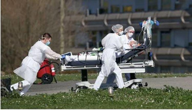 Fransada koronavirus qurbanlarının sayı 30 min nəfəri keçib