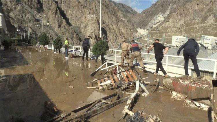 1 dead in northeastern Turkey flash flood