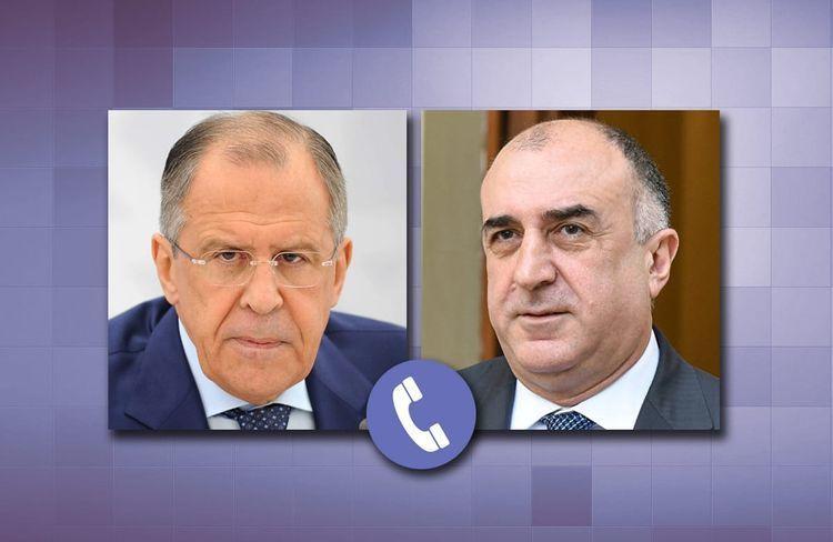 Azerbaijani and Russian FMs hold phone talk